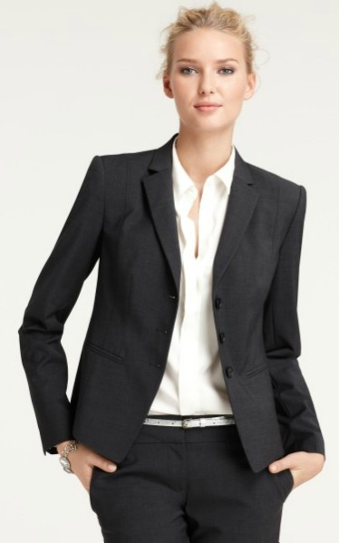 Tips in Choosing the Best Business Suits for Women