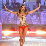 04-victoria-secret-fashion-show