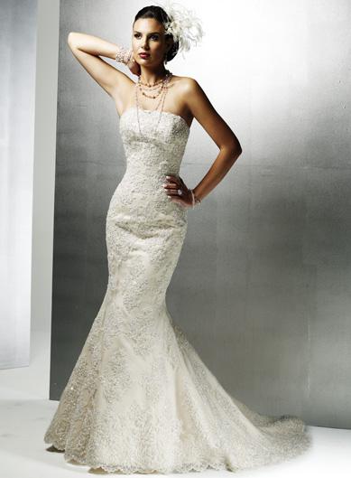 da6569eabe3ca I Have a Straight Body: Can I Wear a Mermaid Wedding Dress? - Dressity